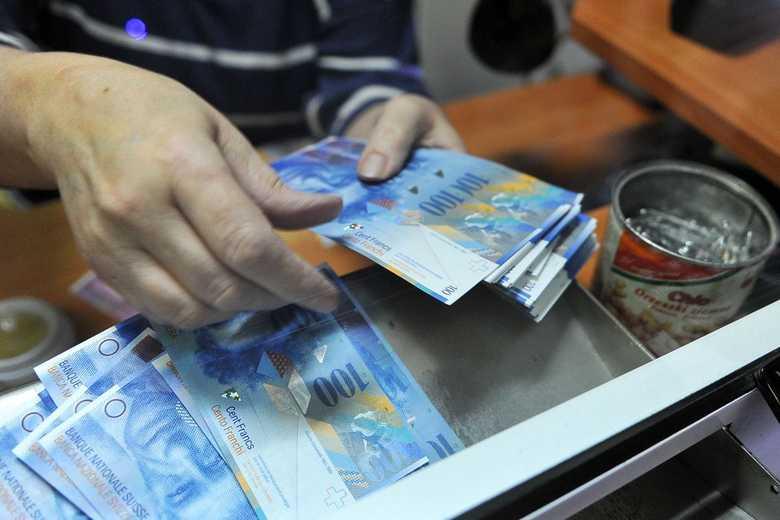 Kredyty frankowe – Klauzula ubezpieczenia niskiego wkładu